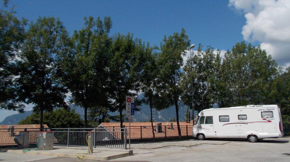 area camper caravan Gemona